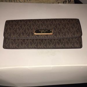 MK wallet in great condition..